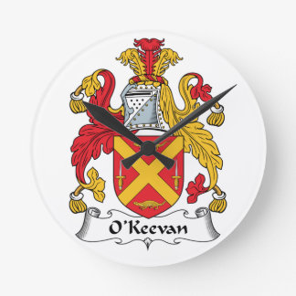 Escudo de la familia de O'Keevan Reloj Redondo Mediano