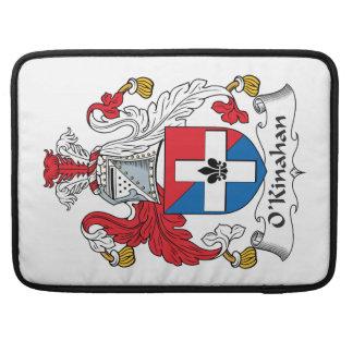 Escudo de la familia de O'Kinahan Fundas Macbook Pro