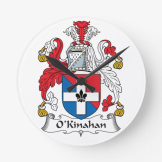 Escudo de la familia de O'Kinahan Reloj Redondo Mediano