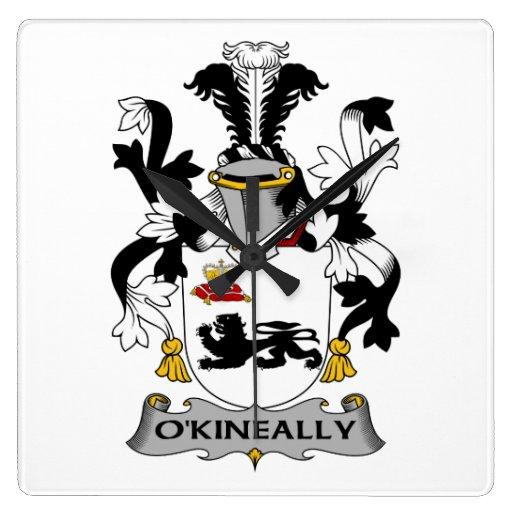 Escudo de la familia de O'Kineally Reloj De Pared