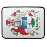Escudo de la familia de O'Lenihan Fundas Macbook Pro