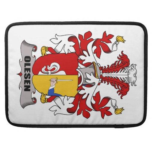 Escudo de la familia de Olesen Fundas Macbook Pro