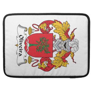 Escudo de la familia de Oliveira Fundas Para Macbook Pro