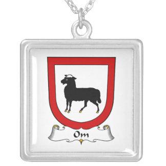 Escudo de la familia de OM Grimpola