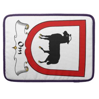 Escudo de la familia de OM Funda Para Macbooks