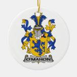 Escudo de la familia de O'Mahon Ornamentos De Navidad