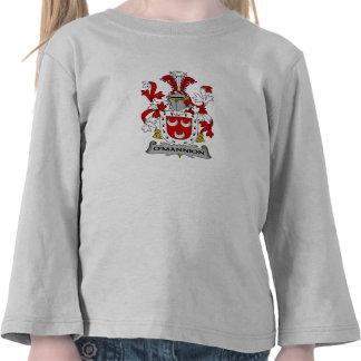 Escudo de la familia de O'Mannion Camiseta