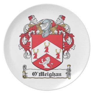 Escudo de la familia de O'Meighan Platos Para Fiestas