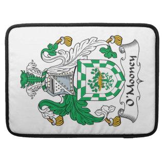 Escudo de la familia de O'Mooney Funda Macbook Pro