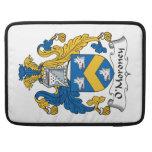 Escudo de la familia de O'Moroney Fundas Macbook Pro