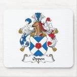Escudo de la familia de Oppen Alfombrillas De Raton