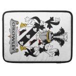 Escudo de la familia de O'Rowley Funda Para Macbook Pro