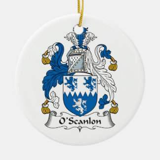 Escudo de la familia de O'Scanlon Adorno Navideño Redondo De Cerámica
