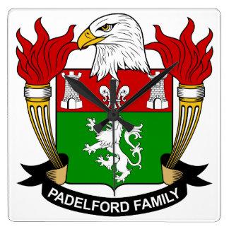 Escudo de la familia de Padelford Reloj Cuadrado