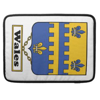 Escudo de la familia de País de Gales Fundas Para Macbooks