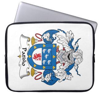 Escudo de la familia de Patino Fundas Computadoras