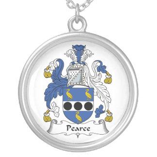 Escudo de la familia de Pearce Grimpolas