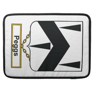 Escudo de la familia de Peggs Funda Macbook Pro