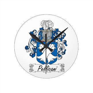 Escudo de la familia de Pellicani Reloj De Pared