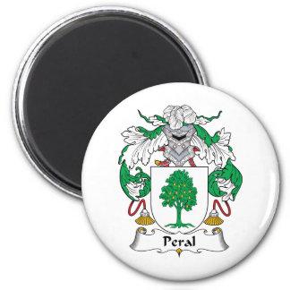 Escudo de la familia de Peral Imán Redondo 5 Cm