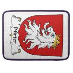 Escudo de la familia de Pfirter Fundas Macbook Pro