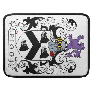 Escudo de la familia de Pigg Fundas Macbook Pro