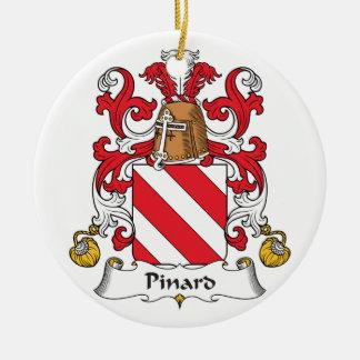 Escudo de la familia de Pinard Adornos
