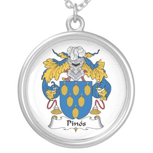 Escudo de la familia de Pinos Grimpolas