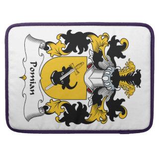 Escudo de la familia de Pomian Funda Para Macbook Pro