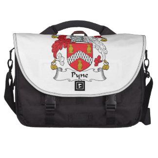 Escudo de la familia de Pyne Bolsas De Portátil