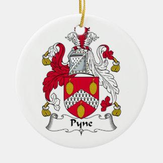 Escudo de la familia de Pyne Ornamentos Para Reyes Magos