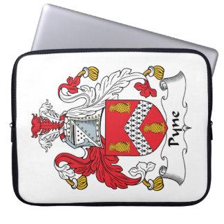 Escudo de la familia de Pyne Fundas Computadoras