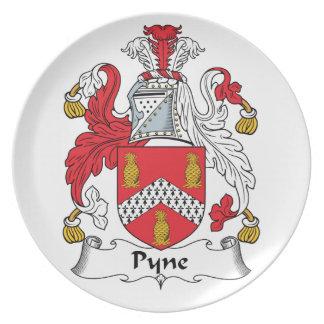 Escudo de la familia de Pyne Plato De Comida