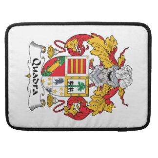 Escudo de la familia de Quadra Fundas Para Macbook Pro