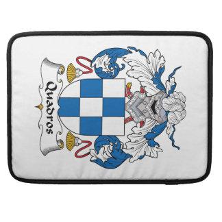 Escudo de la familia de Quadros Fundas Para Macbooks