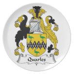 Escudo de la familia de Quarles Plato Para Fiesta