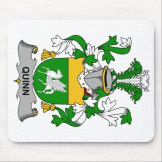 Escudo de la familia de Quinn Tapetes De Ratón