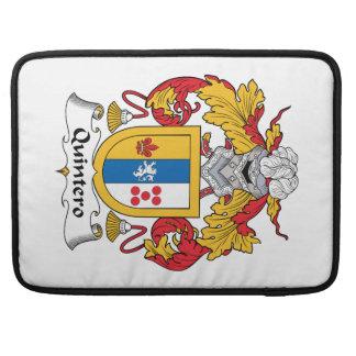 Escudo de la familia de Quintero Funda Para Macbooks