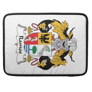 Escudo de la familia de Ramos Funda Macbook Pro