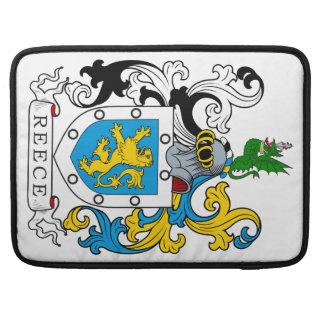 Escudo de la familia de Reece Funda Para Macbook Pro