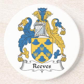 Escudo de la familia de Reeves Posavasos Para Bebidas