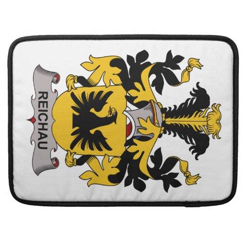 Escudo de la familia de Reichau Fundas Para Macbooks