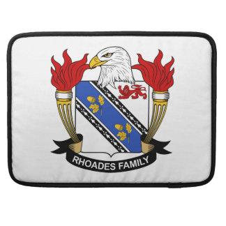 Escudo de la familia de Rhoades Funda Para Macbooks