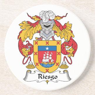 Escudo de la familia de Riesgo Posavasos Para Bebidas
