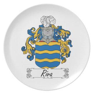 Escudo de la familia de Riva Plato De Cena