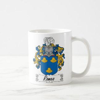 Escudo de la familia de Romeo Taza Básica Blanca