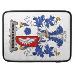 Escudo de la familia de Rosenvinge Fundas Para Macbooks