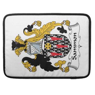Escudo de la familia de Sammon Funda Para Macbook Pro
