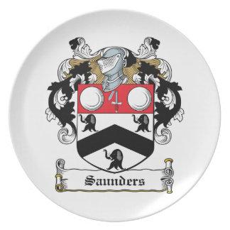 Escudo de la familia de Saunders Plato Para Fiesta