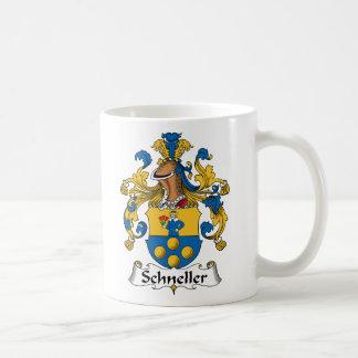 Escudo de la familia de Schneller Taza Básica Blanca